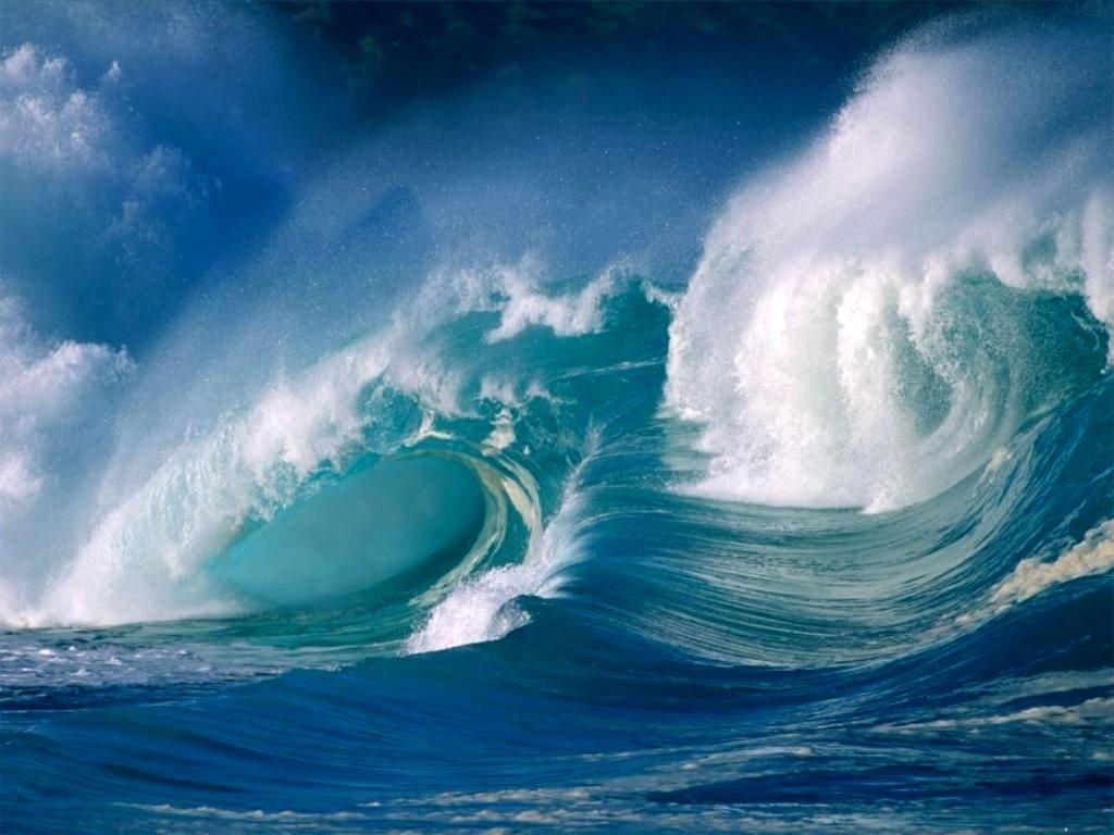 Crashing_Ocean_Waves_nature_freecomputerdesktopwallpaper_1024
